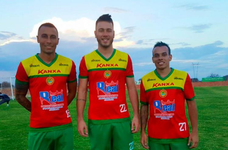 Elton, (E), Dudu e Marquinhos (D) são os novos contratados do Cancão - Foto: Look - assessoria de comunicação | Juazeirense