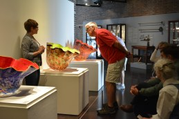 Exhibitions Content Manager Elizabeth Goings discusses the Macchia's with her Meet Me at FWMoA Alzheimer's tour group. Photo courtesy of FWMoA.