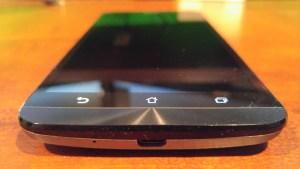 Asus ZenFone 2 front