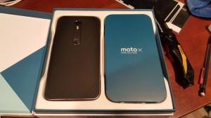 Moto X Pure Edition box open
