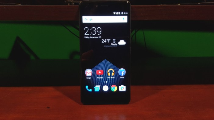 OnePlus X front device