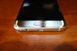 Galaxy S7 edge bottom 2