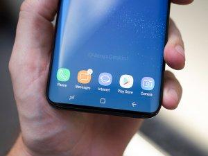 Galaxy S9 mock-up close up