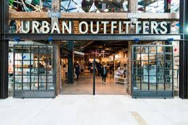Retail stock under pressure: Urban Outfitters, Inc. (NASDAQ: URBN)
