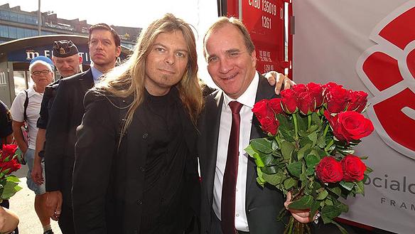 Peter Ahlborg tillsammans med Stefan Lövfen som idag torsdagen den 2 oktober 2014 blev statsminister i Sverige. Bilden är  från valdagen 14 september 2014 i centrala Stockholm.