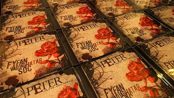 """Snart är det dags att gå in i studion och spela in nytt material - efter att Peter Ahlborg tidigare i år släppt skivan: """"Fy fan vad jag hatar soc"""" med Janne Schaffer på gitarr.  Foto: Peter Ahlborg"""