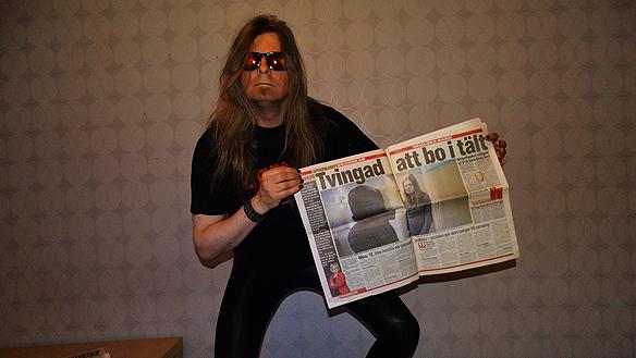 Aftonbladet var för första tidning att skriva om Peter Ahlborg   och hans dotters Josefines utsatta situation - hur barn blir drabbade   när ens föräldrar blir hemlösa. Foto: Peter Ahlborg