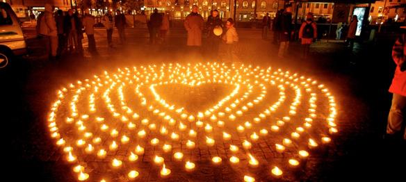 Idag den 17 oktober 2015 är det Hemlösas Natt. I år uppmärksammas den genom en manifestation utanför Storan, Avenyn i Göteborg kl 18.30. De som arrangerar manifestationen mot hemlöshet är: Göteborgs Räddningsmission.