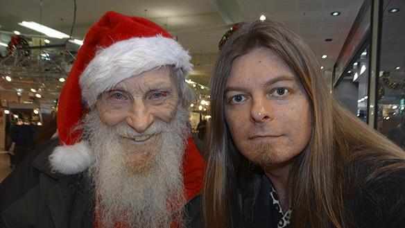 Peter Ahlborg träffar Rune 93 år som trots sin ålder är ett riktigt energiknippe. Foto: Peter Ahlborg