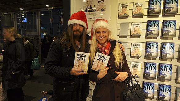 Peter Ahlborg ochFrida Boisen träffas på Akademibokhandeln i Nordstan, Göteborg den 11 december den 2015 när Boisen hade en boksignering där för sin nya bok Digital succé.