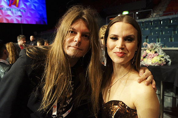 Peter Ahlborg träffar Ace Wilder strax efter hon gått direkt till final i Friends Arena. Jag är så stolt och glad nu, säger hon.