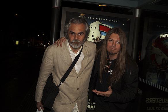 """Roy Persson har hjälp Peter Ahlborg med att spela in 8 av hans låtar i studio. """"Jag kan inte tacka Roy Persson tillräckligt för det storslagna jobb han har gjort med mina låtar i studion"""", säger Peter Ahlborg. Foto: Charlie Källberg"""