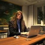 Peter Ahlborg fick lyssna på låtarna i Melodifestivalen