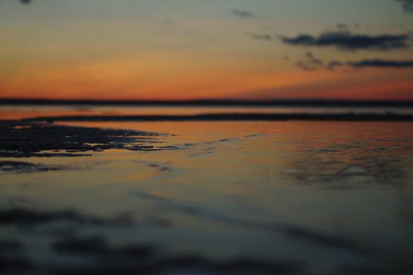 Spännande bild med solnedgången i bakgrunden. Foto: Peter Ahlborg