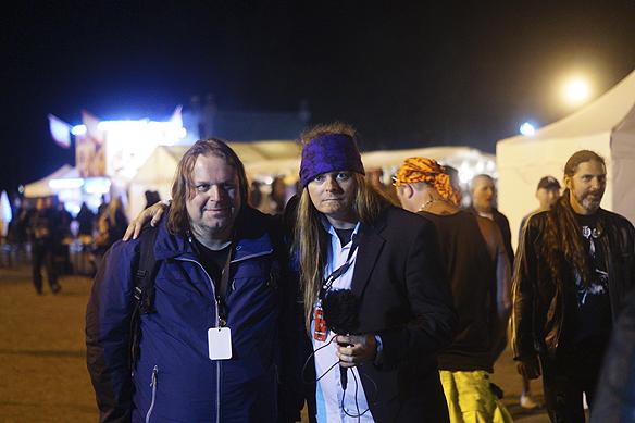 Peter Ahlborg och Hasse Sukis tillsammans på hårdrocksfestivalen Skogsröjet i Rejmyre i augusti 2017. Foto: Privat