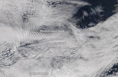 Wave clouds