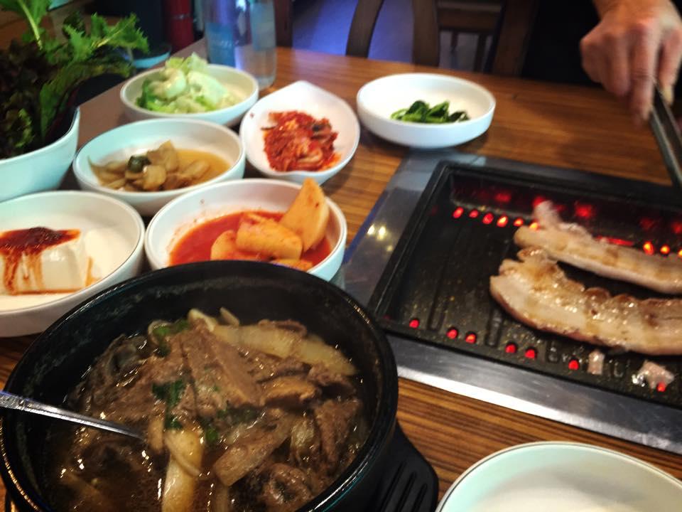 韓国ウンソ(雲西)でサムギョプサル