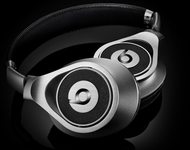 Beats Executive Wired Headphone Silver