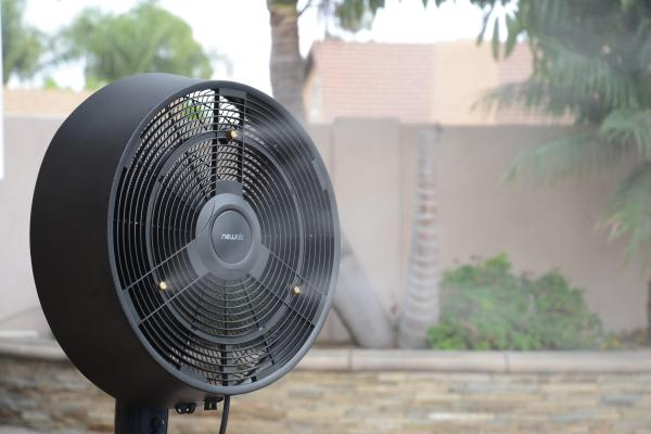 Newair Af-520b Oscillating Outdoor Misting Fan 18