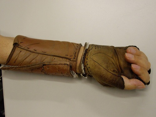 手首のプロテクター1