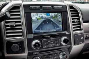 All-new 2017 Ford F-450 Super Duty Platinum Crew Cab 4x4 Class 3 dual-rear-wheel pickup features Ford's new SYNC® 3 communications and entertainment system with an easier-to-understand graphical interface and an intuitive smartphone-like eight-inch touch screen.