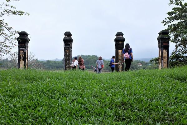 順化-「恁老師」和「恁祖公」Thien Mu Pagoda天姥寺(靈姥寺) - 言不及義的流浪癖 - udn部落格