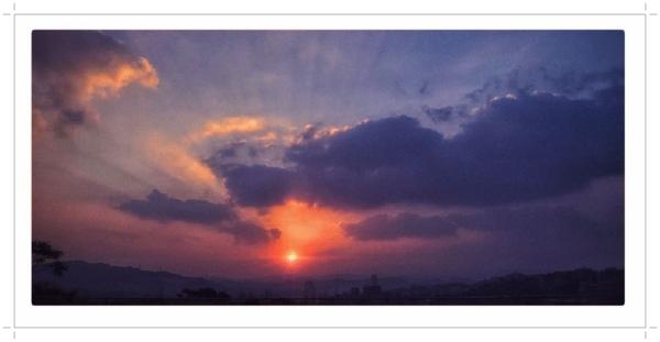 詞影瑟鳴──陽壽曲:(觀濤懷古) - yun13651清風明月 的部落格 - udn部落格