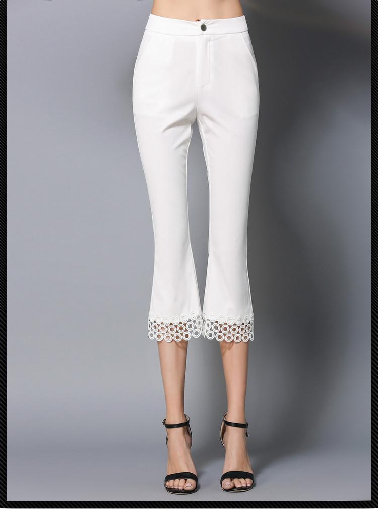 1 pz Donne più Del Merletto di formato dei pantaloni 2018 di Modo di Estate  mescolato Cotone Scava fuori Bianco pantaloni delle signore pantaloni Magro  ... a6c83973071b