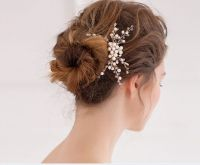 Wedding Hairstyles With Pearls In Hair   20 chic wedding ...