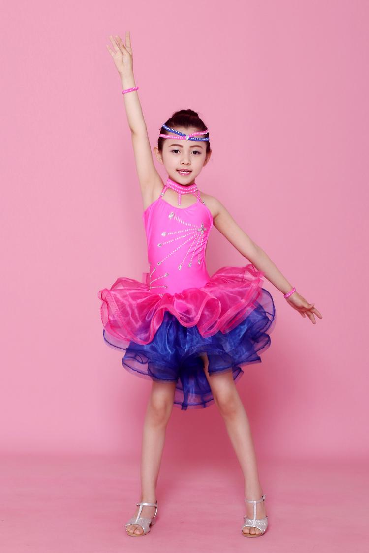 Bonito Vestidos Escena Del Baile Colección de Imágenes - Colección ...