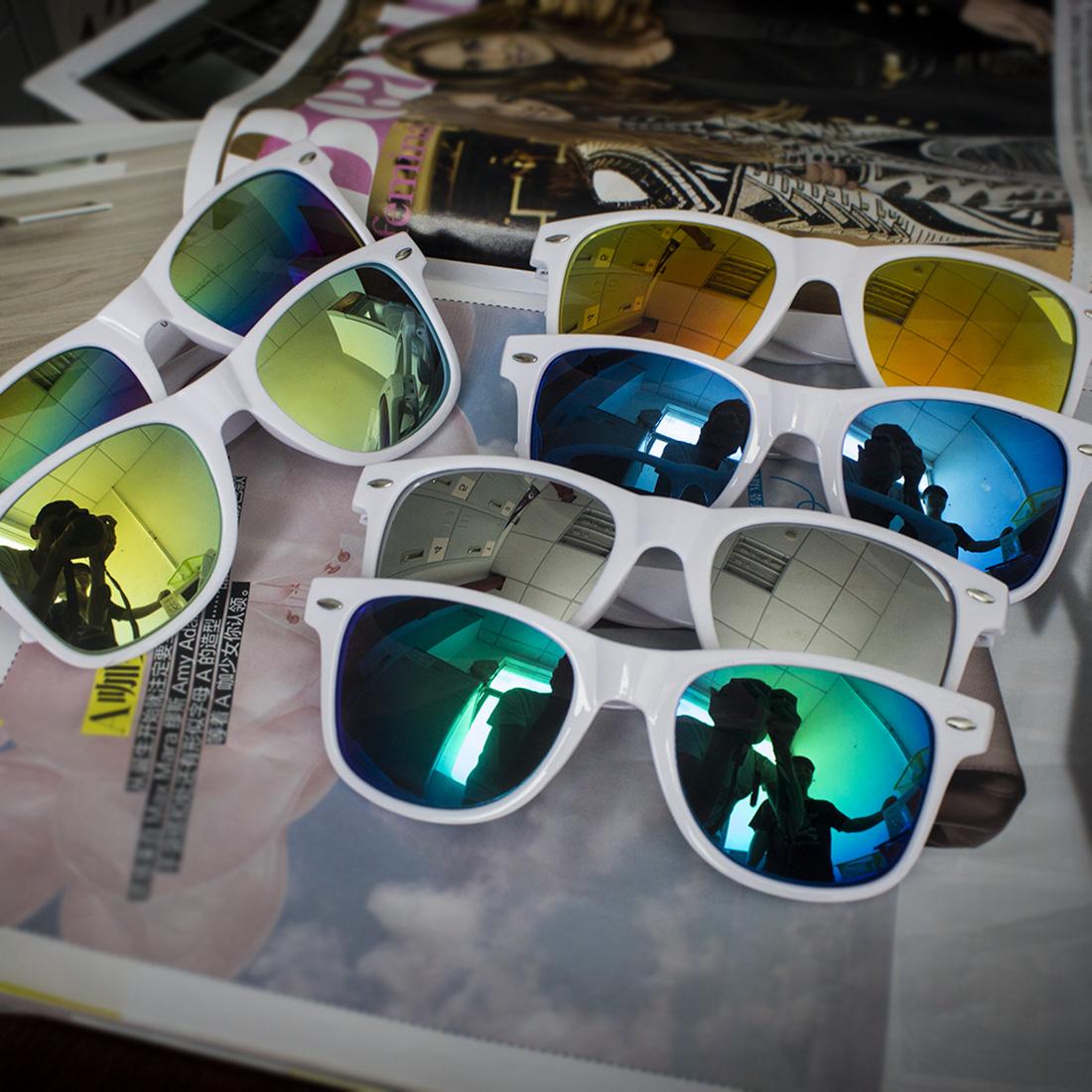 Cool Lunettes de soleil Emoji Keyholder Whats App les deux côtés Metal / Glass 3cm b7dnj2YL