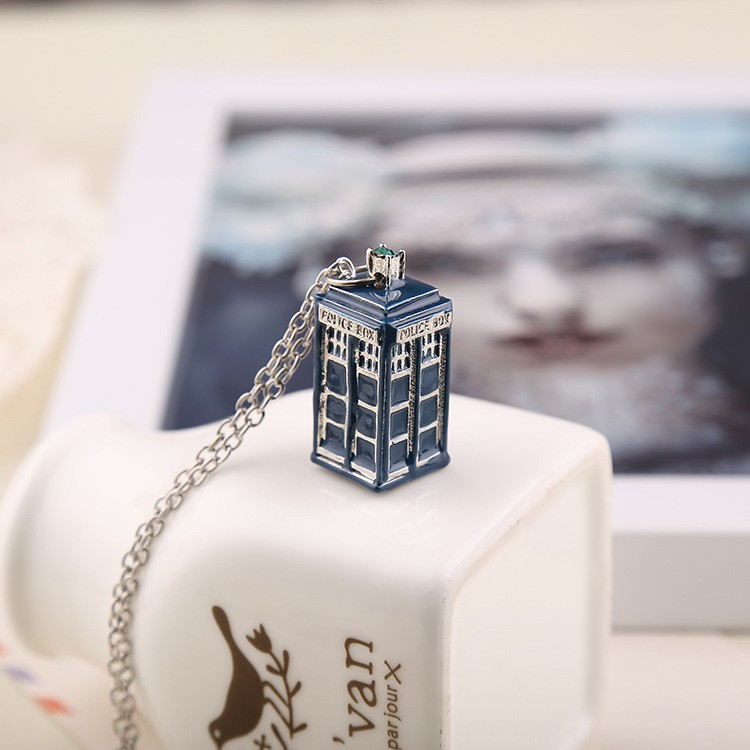 Movie Jewelry Doctor Who 3d Tardis Police Box Blue Color Enamel