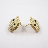 Pics For > Cool Stud Earrings For Girls