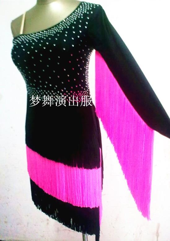 7df2d6b80f1a1 Nouveau style de danse Latine costume sexy unique manches gland latine  concours de danse robe pour dame enfant latine danse robe 0026-1 .