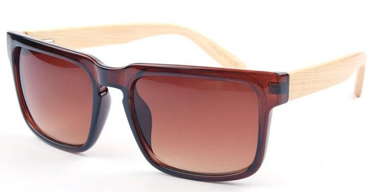 f2d3b28ae9080 BerWer de 2018 Novos Óculos De Sol De Bambu De Madeira de Madeira óculos de  sol Das Mulheres Dos Homens Do Vintage Retro Verão Óculos de 8 cores óculos