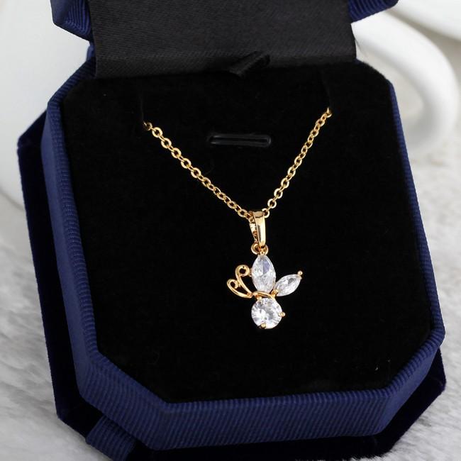 En gros Délicat Papillon Or Jaune-Clair Blanc Or-Couleur Effacer Marquise  Zircon Pendentif Femmes Collier Pas Nickel 9992587597dc