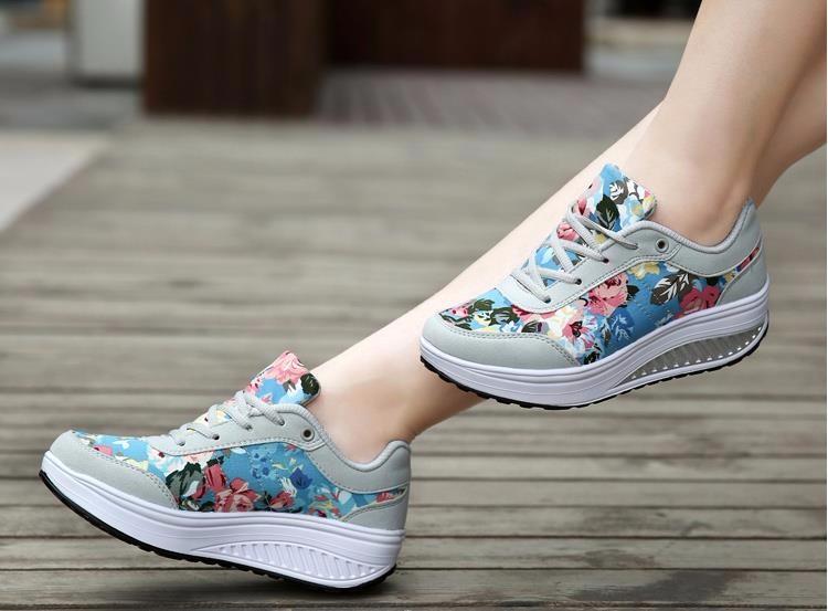 Coloré Papillons amant Women/'s Low Top Chaussures-Papillon Personnalisé Toile Chaussures
