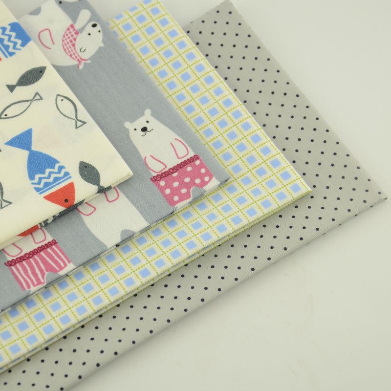 Chiot Pals Tissu-Grand Children/'s Design rideaux 100/% coton Coussins