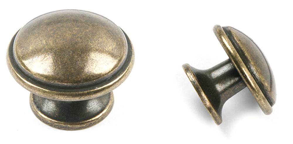 Antiquekitchencabinetknobsandhandlesdressercupboard