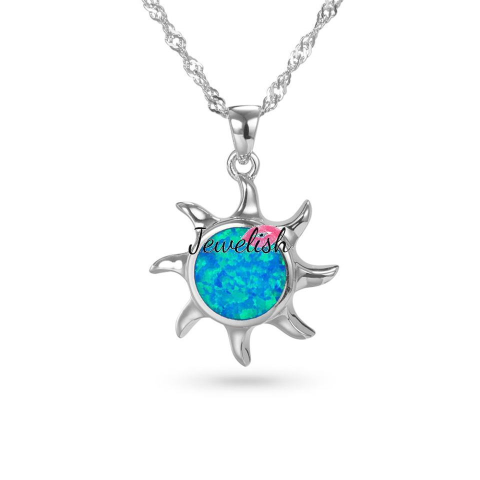 Stylish Sterling Silver Pendant Necklace, with Aquamarine