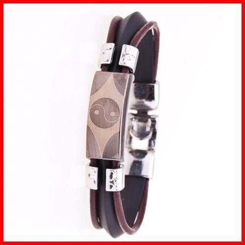 eb3f467cc030 Vintage Ying Yang grabado pulsera de acero inoxidable joyería de ...