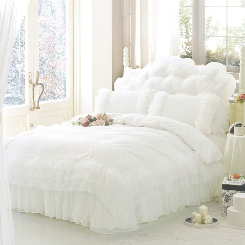 White Comforter Twin