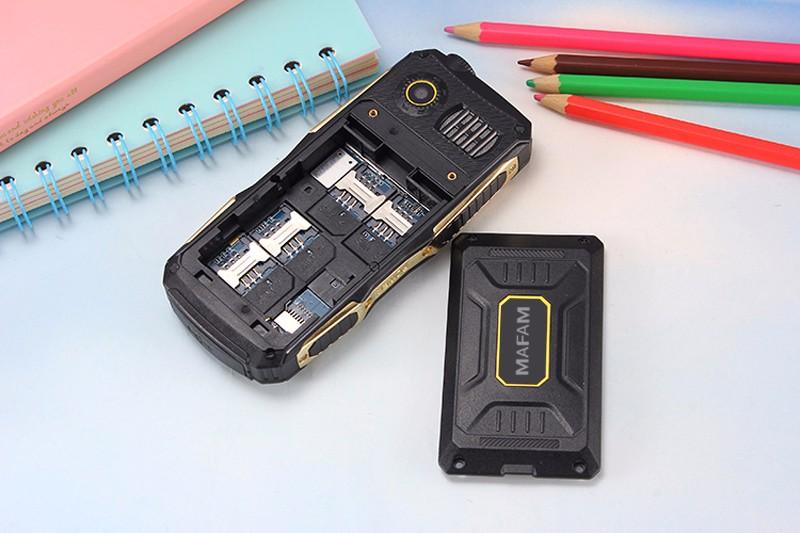 MAFAM M1 רוסית,יוונית, עברית, פולנית טורקית,ערבית תפריט ארבע ליבות כרטיסי ה-sim בטלפון הנייד whatsapp FM DV אמיתי 2800mAh קול גדול P168