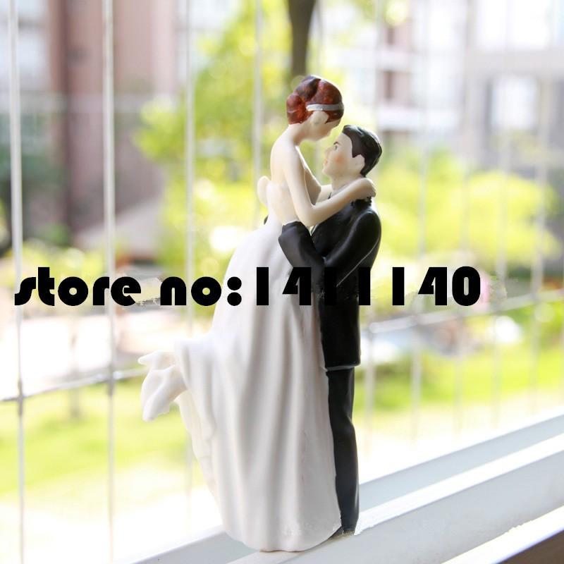 ᗑTrue Romance Groom Lifting Bride Figurine Resin Wedding Cake ...
