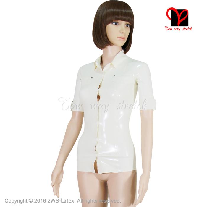Látex sexy camisaManga corta con puños de apertura. Camiseta  ajustada-CamisetaCompleto con solapas de bolsilloCon gira el collar  abajoCon botones de presión ... d0119828c94f