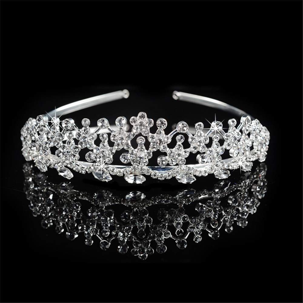 ... 925 sterling silver exquisite flowers design tiara for women Austrian  crystal princess crown wedding hair accessories ... a802d090e6