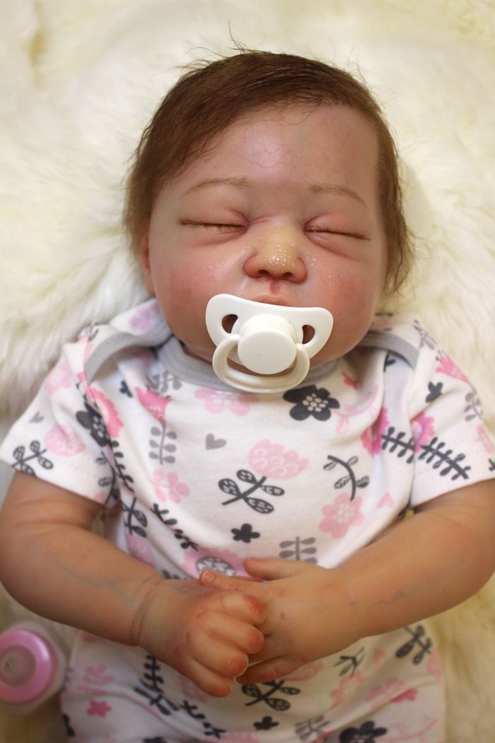 c051ad1eff41 ▽55cm Soft Silicone Reborn Baby Dolls Toy For Girls Exquisite ...