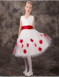 Cute Little Girl in Flower Girl Dress | Dress images