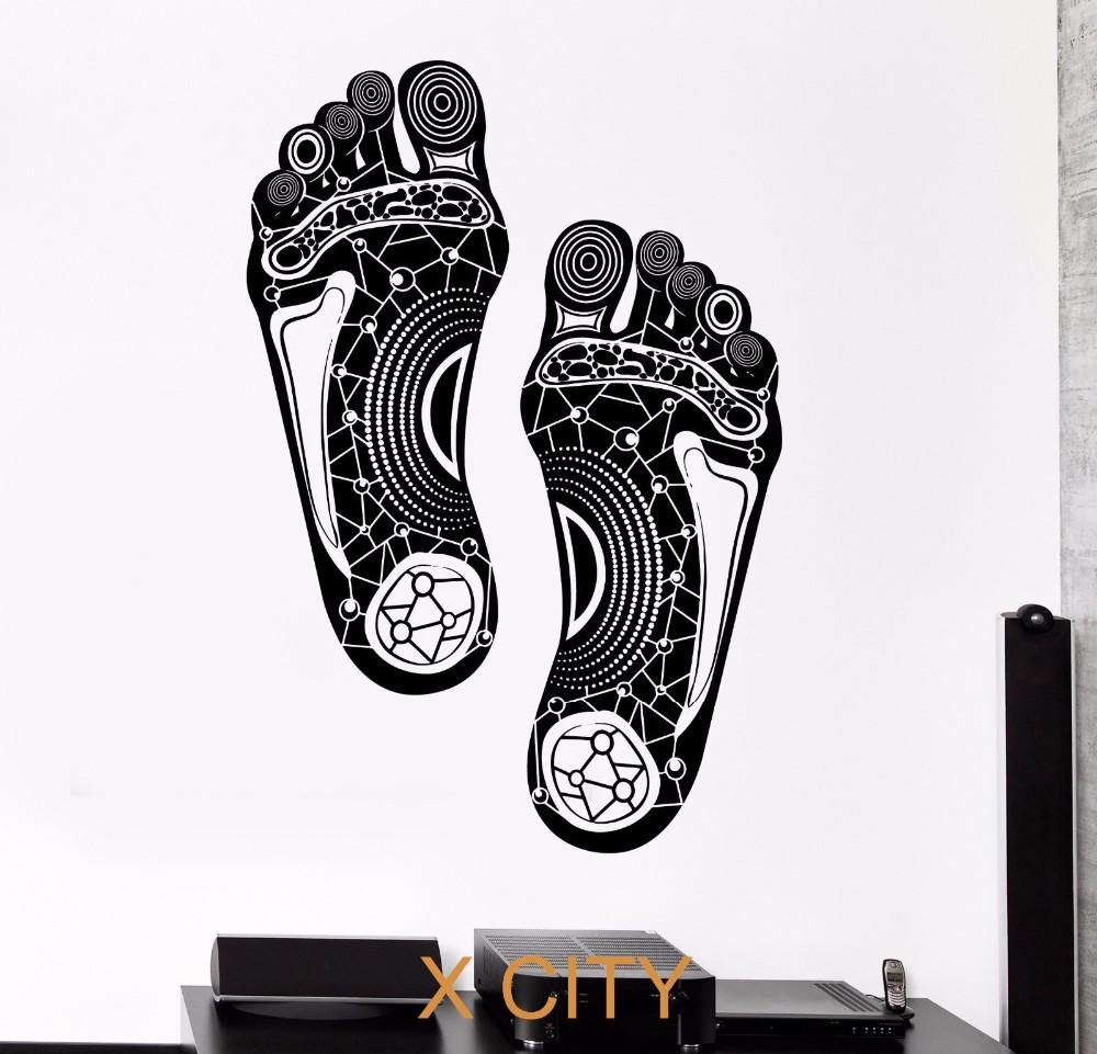 97c7b4dd132a இШаги стопы ног печати племенной орнамент Черный стены Книги по ...