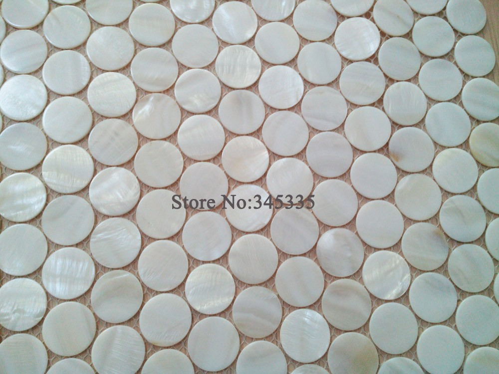 ᓂrotondo white shell mosaico madreperla cucina carta da parati